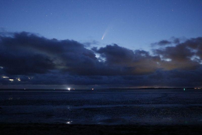 Komet Neowise C/2020 F3 friesisches Wattenmeer Langeoog Baltrum