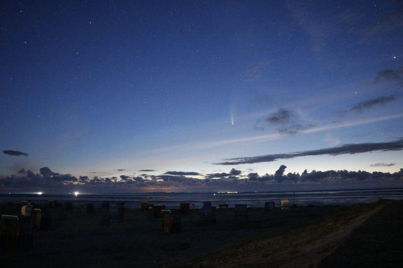 Komet Neowise C/2020 F3 friesisches Wattenmeer Langeoog